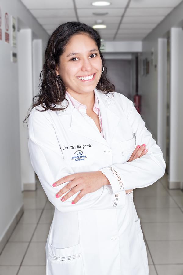 Dra Claudia García Barraza